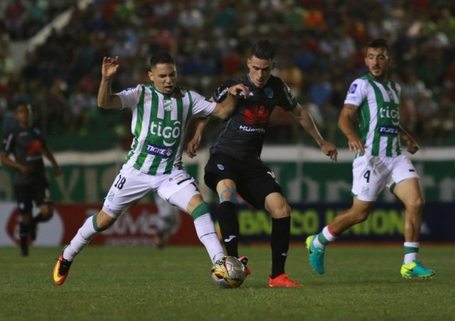 Bolívar se escapa