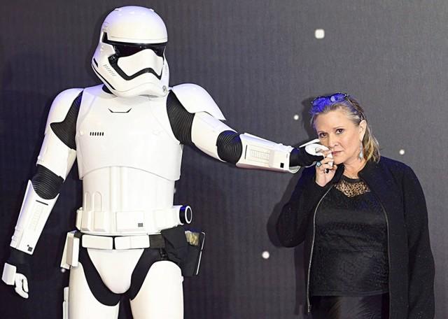"Muere Carrie Fisher, la famosa ""princesa Leia"""