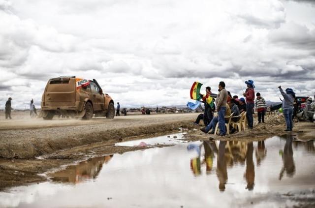 Lluvias obligan a cambiar horario y ruta de la sexta etapa del Dakar
