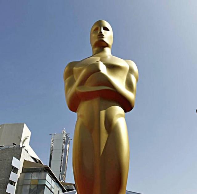 La La Land iguala a Titanic en nominaciones al Óscar