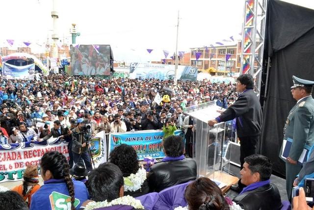 Bolivia baja cinco puestos en índice de calidad democrática y está a la cola del continente