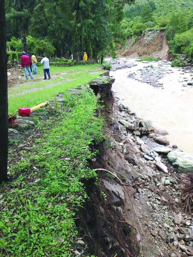 Riada deja pérdidas a Tarija y hay un muerto en el Valle