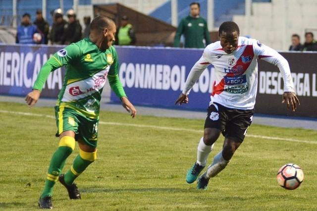 Nacional Potosí vence sobre Sport Huancayo en su debut en la Copa Sudamericana