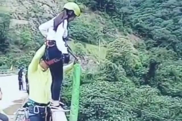 """Se viraliza estremecedor video de accidente de joven practicando """"puenting"""""""