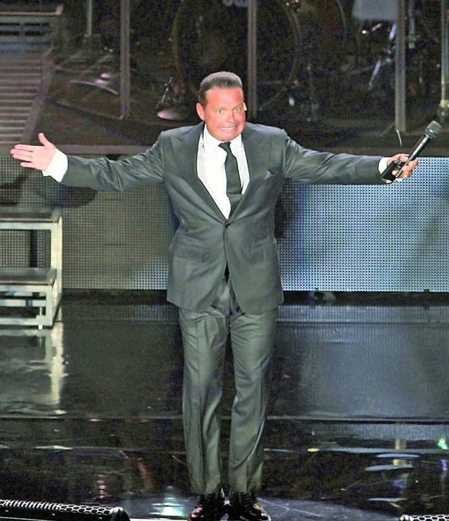 Luis Miguel sale libre tras cancelar fianza millonaria