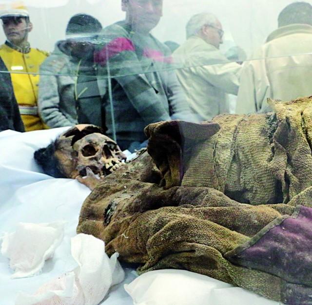 Homenajean a los k'ellu runas del Museo Militar