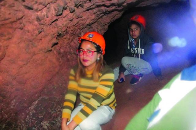 Noche de criptas y túneles atrajo turistas a Sucre