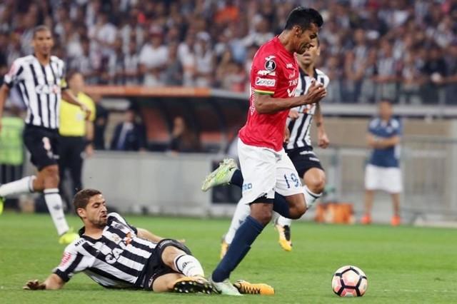 El Wilstermann elimina al Mineiro y se cita con River Plate en cuartos