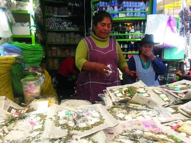Agosto de q'oas muestra el culto a la Pachamama