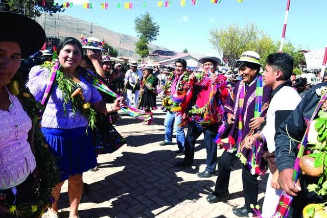 Proponen que textiles  jalq'a sean patrimonio