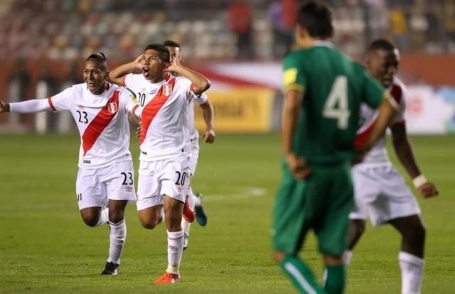 Perú vuelve a la lucha por cupo en el Mundial tras victoria sobre Bolivia