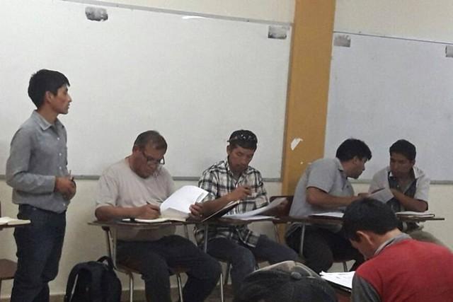 Universitarios de Monteagudo deciden mantener medidas de presión pese a reunión