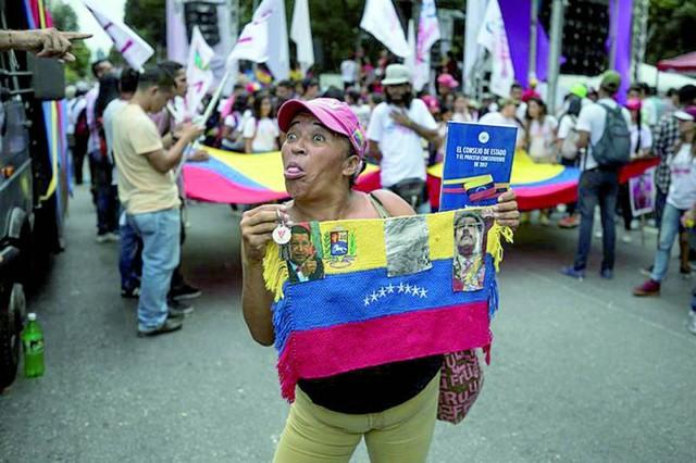 Oposición a Maduro declina participar en las municipales