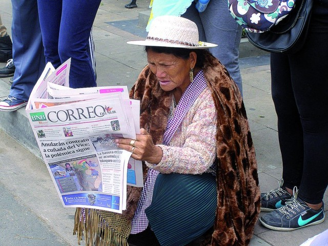 Coloquio rescata la memoria local escrita en Correo del Sur