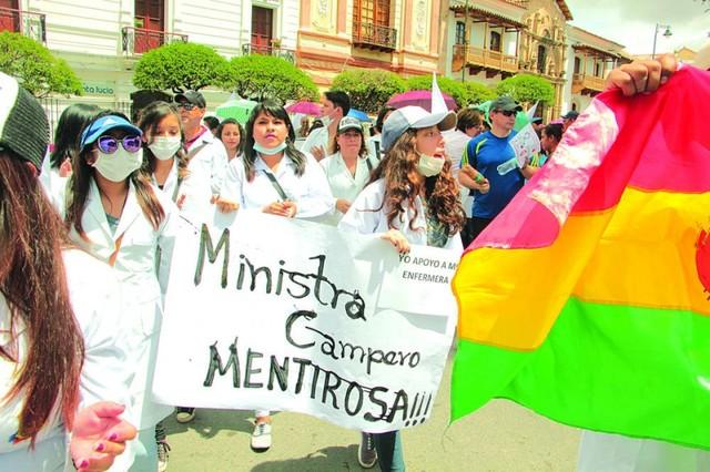 Bolivia difiere del resto de la región en la forma de encarar la mala praxis