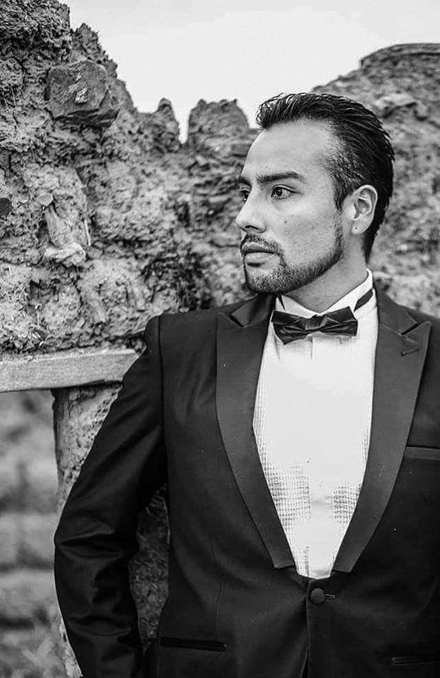 Rodrigo Alcoreza, cantante lírico