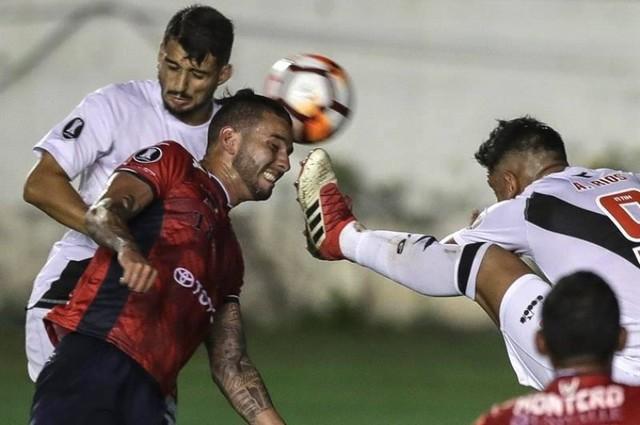 Wilstermann cae por goleada frente a un Vasco que se acerca a la fase de grupos