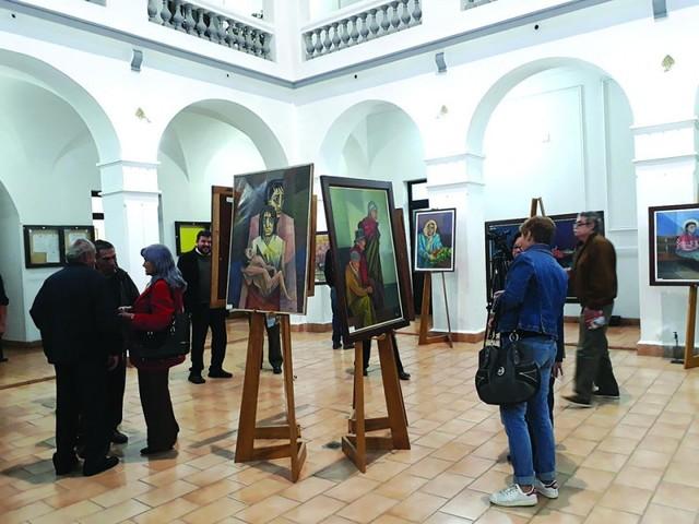 "Nanet Zamora expone su arte en la ""U"" Andina"