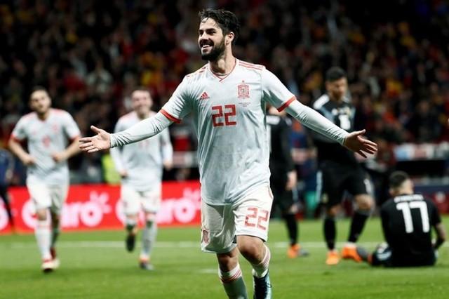 Isco lidera la goleada de España a Argentina con un contundente 6-1