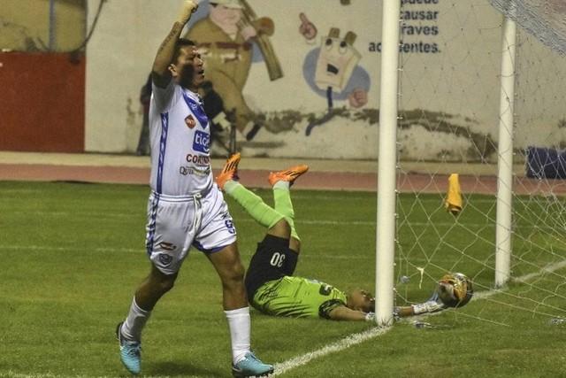 San José destroza a Destroyers con una goleada de 8-0 y avanza a la semifinal