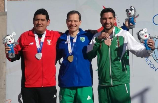 Diego Cossío suma una medalla de bronce en tiro deportivo