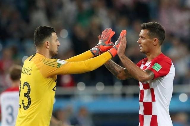 Croacia vence a Nigeria por 2-0 y lidera en solitario el Grupo D del Mundial