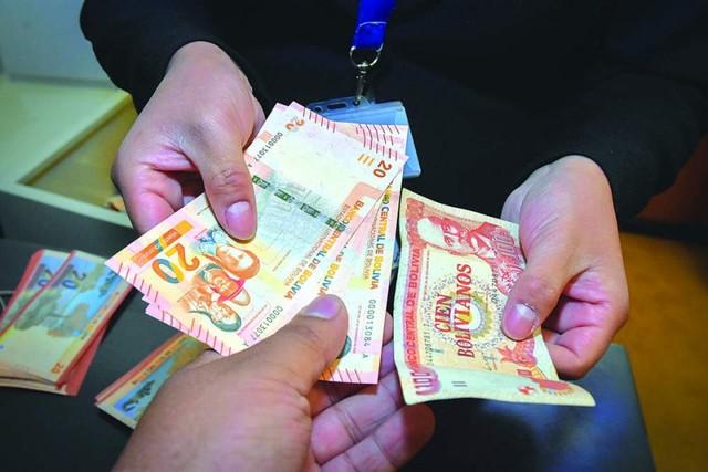 Ya circula el nuevo billete de 20 bolivianos