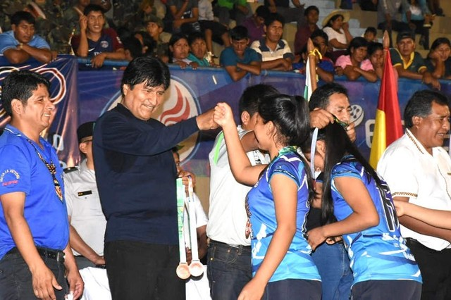 Morales retoma actividades paulatinamente tras recibir alta médica