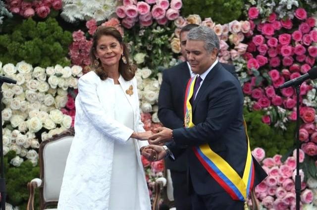 Iván Duque jura como nuevo presidente de Colombia y propone superar polarización