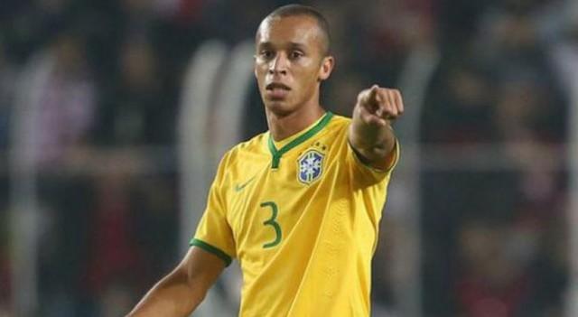 Brasil vence a Argentina en un tibio clásico