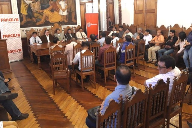 "Autoridades de San Francisco Xavier lanzan cruzada ""Salvemos al club Universitario"""