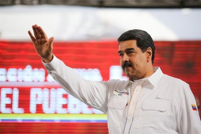 Maduro cierra su frontera con Brasil y todo su espacio aéreo