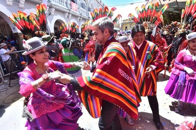 El Carnaval de Oruro deslumbra a propios y extraños