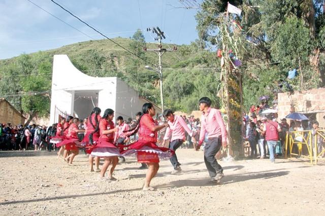 Las costumbres de El Tejar vuelven a atrapar en Carnaval