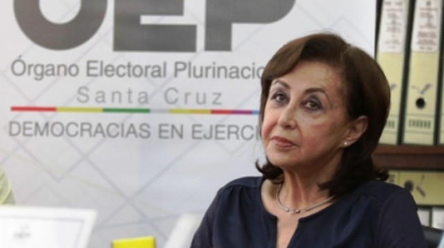Presidenta del TSE destituye a la Directora del Sereci de Santa Cruz