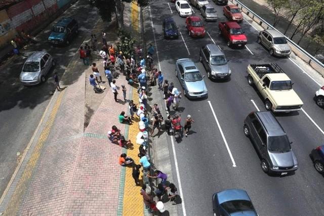 Saqueos en Venezuela en medio de un fallo eléctrico que ya dura unas 100 horas