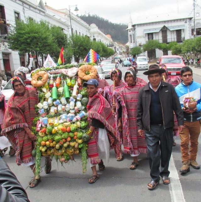 Tarabuco honra a sus héroes  con pedido de preservación