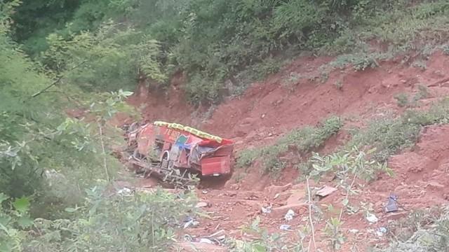 Accidente de bus en ruta a Monteagudo se cobra al menos siete vidas