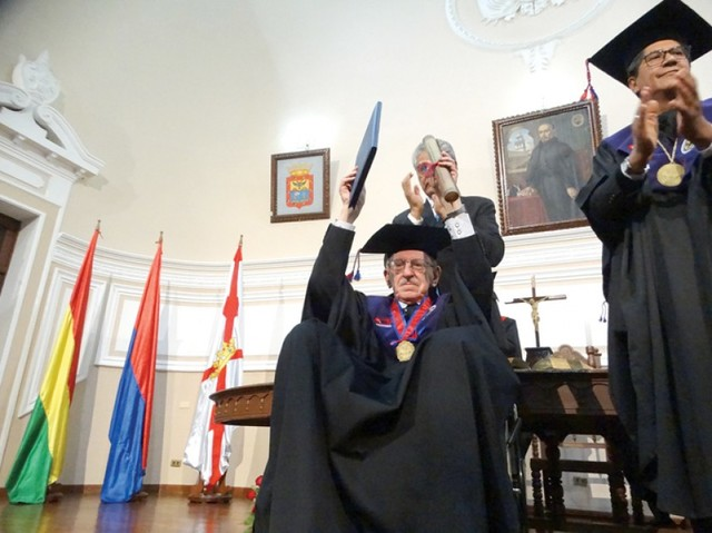 Doctor Honoris Causa para Peláez