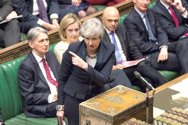 "Reino Unido: Cámara Baja a favor de ""brexit"" blando"