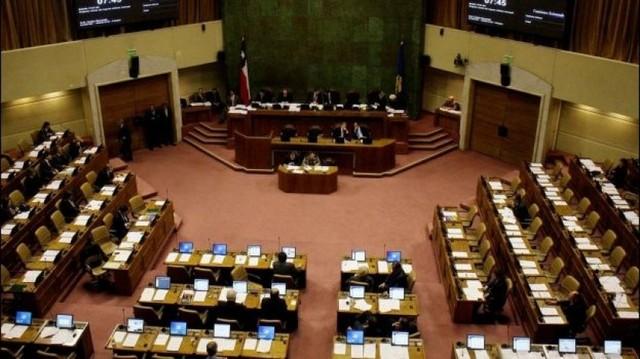 Diputados de Chile piden a Piñera retomar diálogo con el país