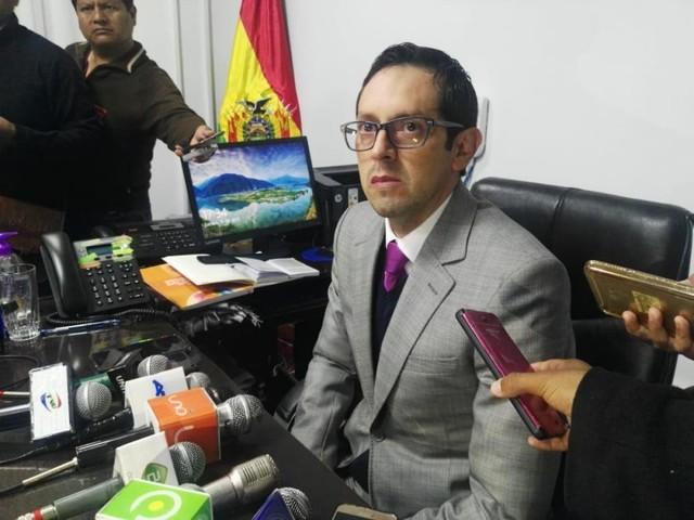 Fiscalía se opone al cierre de investigación en contra del magistrado Ceballos