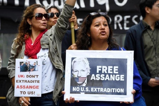 Ejercen presión para priorizar extradición de Assange a Suecia