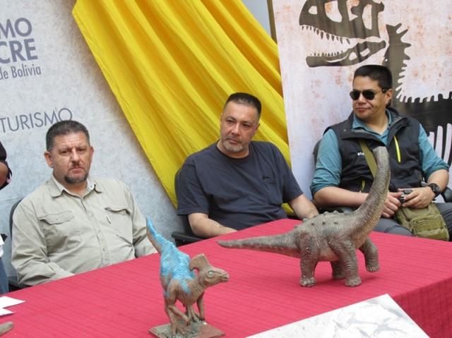 La National Geographic valora icnitas en Bolivia