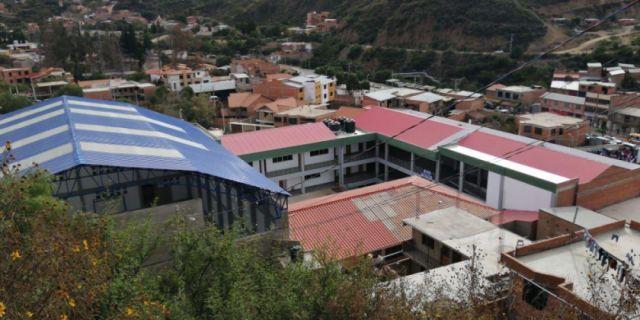 Evo entrega nueva infraestructura de la escuela Aniceto Arce