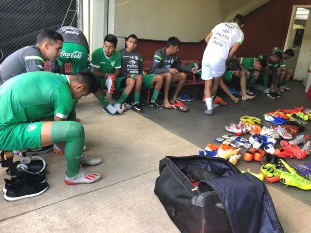 La Selección se entrenó con incomodidades en la cancha del San Pablo
