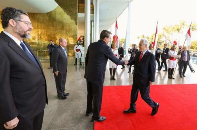 Incendios: Bolsonaro y Piñera preparan una reunión de líderes amazónicos
