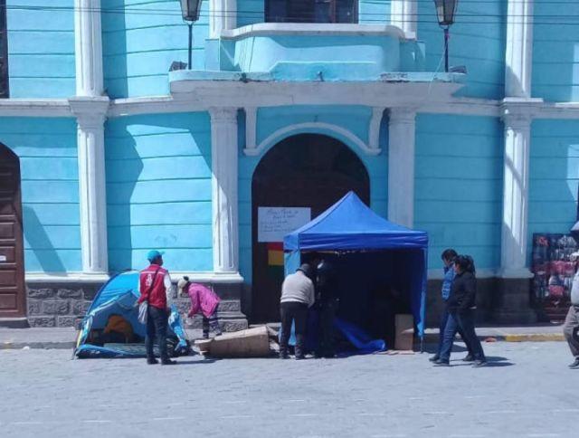 Instalan en Uyuni el primer piquete de huelga exigiendo renuncia de concejales