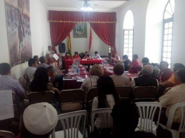 Cívicos de seis regiones ratifican paro indefinido desde el 10 de octubre