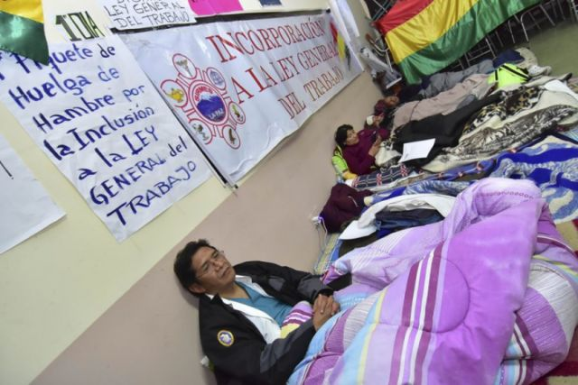 Diálogo entra en cuarto intermedio y galenos amenazan con radicalizar huelga